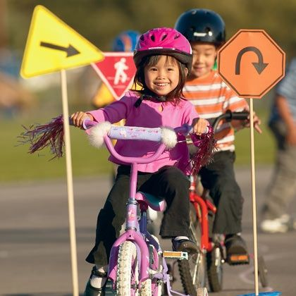 Pint-Sized Road Signs--great for bike rodeo/derby