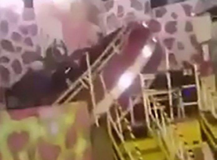 Σκηνές τρόμου στη Χιλή – Κατέρρευσε παιχνίδι σε λούνα παρκ Crazynews.gr