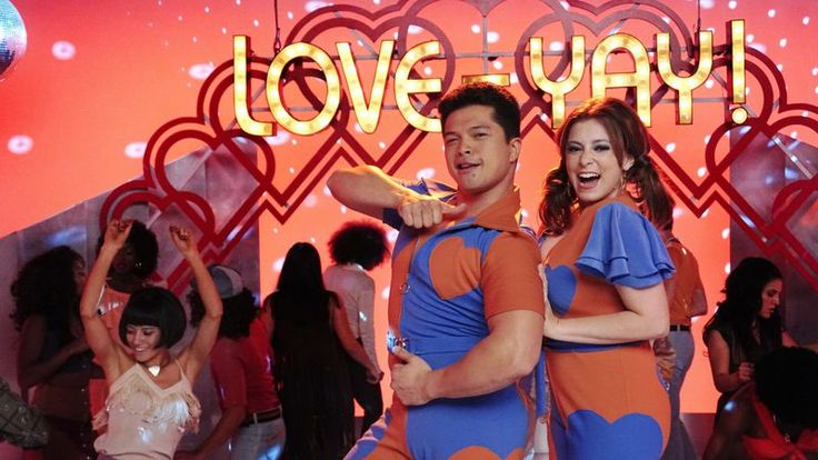 """""""Will Scarsdale Like Josh's Shayna Punim?"""" · Crazy Ex-Girlfriend · TV Review Josh gives good parent as Crazy Ex-Girlfriend hammers the point home · TV Club · The A.V. Club"""