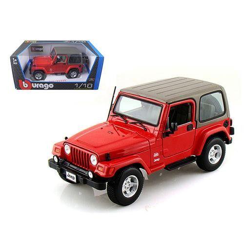 Jeep Wrangler Sahara Red 1/18 Diecast Model Car by Bburago