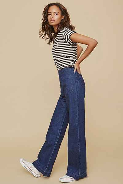 Rollas East Coast High-Rise Flare Jean - Light Blue - Urban Outfitters