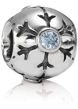 Pandora Eisblume Aquamarinfarbiger Zirkonia Silber790367CZA