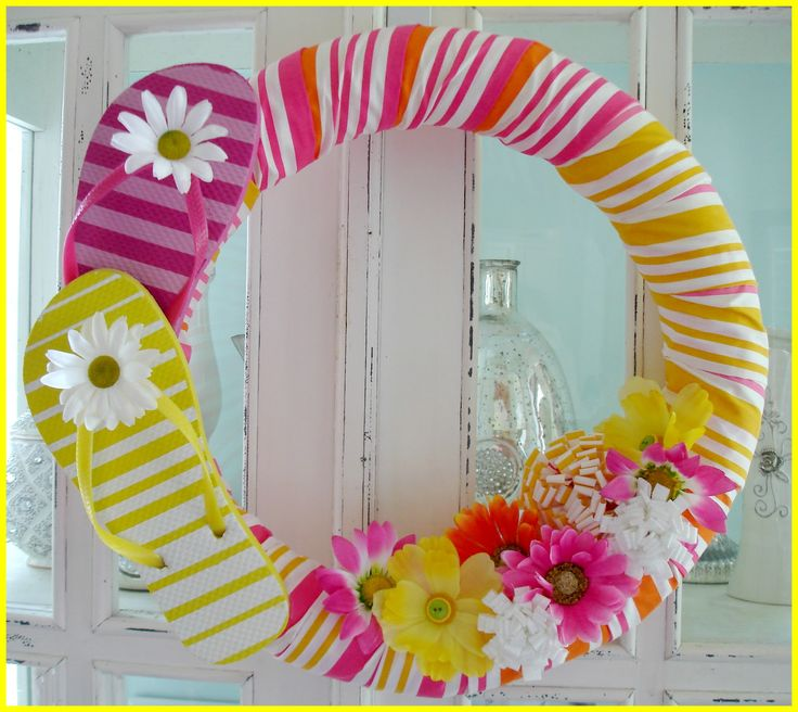 Flip Flop Wreath for Beach/Pool themed party from Fox Hollow Cottage: Wrap It up!! {2012 highlights}