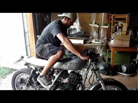 Premiers tours de roue DR 650 Old School.mp4 - YouTube