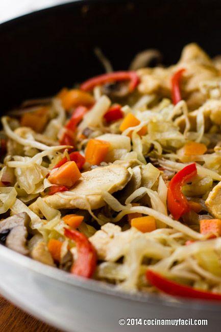 Chop Suey de Pollo. Receta | Cocina Muy Fácil | http://cocinamuyfacil.com