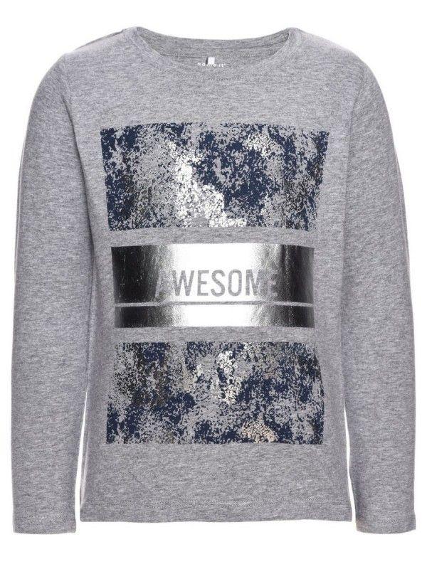 Nitfedissi shirt grijs. Leuk shirt van name it met zilverkleurige print