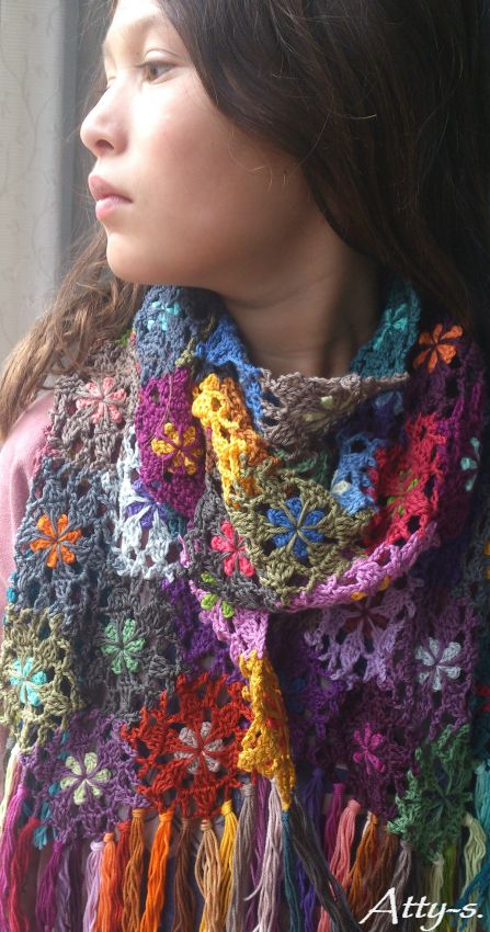 atty's: Crochet Flower Scarf made with leftoverss ƬⱤღ✿༻