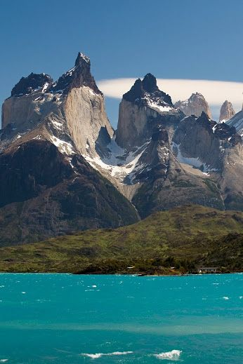 Torres del Paine; by Roberto Cumsille
