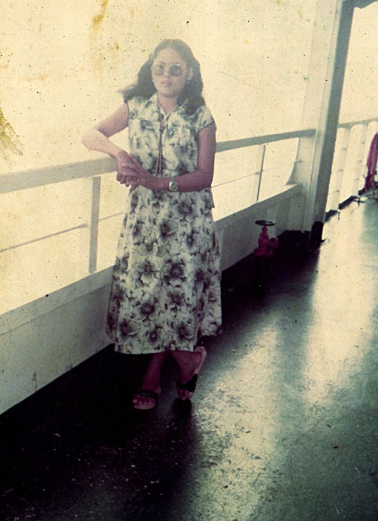 The Legend Of  KMP Tampomas II - 8 Oktober 1980 My Mommy On Perjalanan Pulang Ke Kampung Halaman di Tana Toraja,.sebelum mengalami musibah yang terkenal itu,.