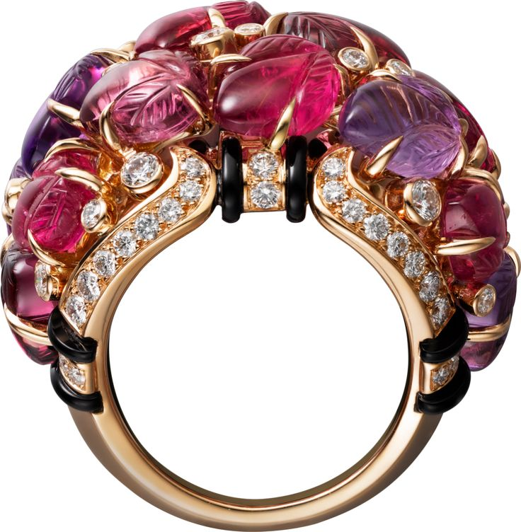 CARTIER. Ring with engraved stones, 18K pink gold, set with rubellites, amethysts, garnets, onyx and 69 brilliant-cut diamonds totaling 0.99 carats.