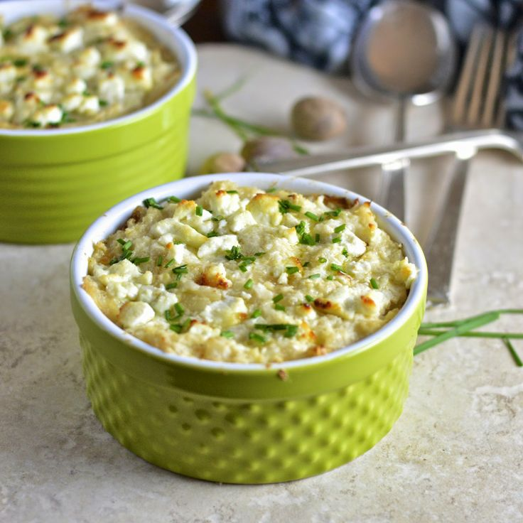 Virtually Homemade: Smashed Cauliflower Gratin with Goat Cheese is the perfect gluten free side dish!