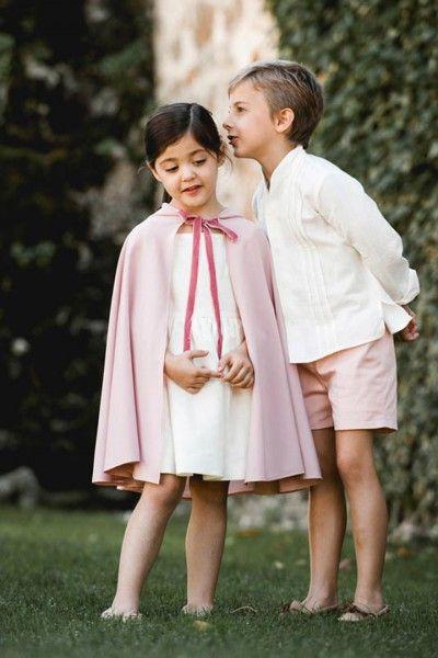 Niños de arras - Style Lovely. Capa preciosa para #damita en color rosa. #niños