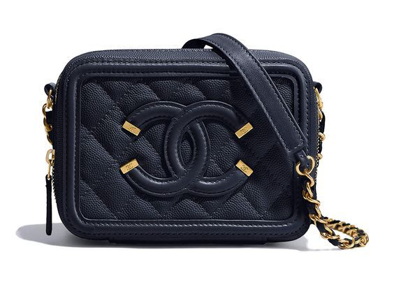 Chanel at Luxury & Vintage Madrid , the best online selection of Luxury Clothing...
