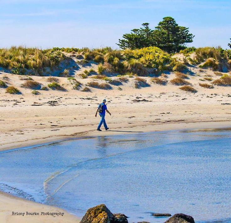 """Wander"" #wander #explore #travel #adventure #portfairy #griffithisland #beach…"