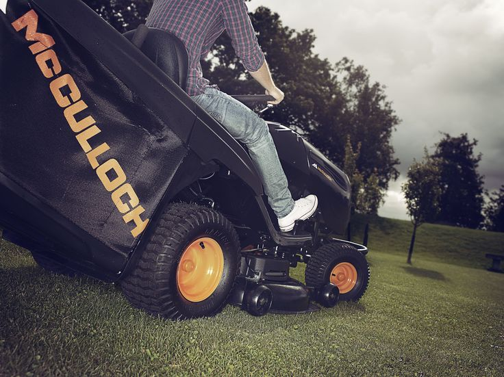 Ride On Lawnmowers - Find your perfect ride and cut your grass fast!