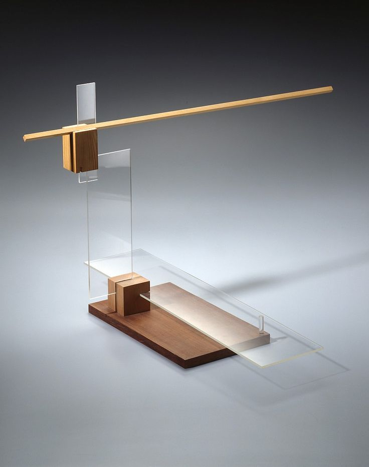 Balance study from László Moholy-Nagy's Preliminary Course, um 1924 (replica 1967) / Bauhaus-Archiv Berlin, photo: Gunter Lepkowski