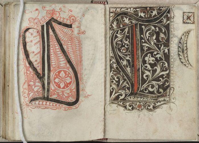В Средневековье (около 1510-1517г.), неким скриптором Григориусом Бок (Gregorius Bock) из Швабии, был составлен Кодекс для писцов и переписчиков.     Книга состоит из 2-х частей. Первая представляет шаблоны обычного латинского алфавита, а вторая - заглавные буквы (инициалы) с не всегда забавными рожицами, причудливыми завитками растительного орнамента. Её можно посмотреть в собрании манускриптов Йельского Университета в поисковике под  MS 439