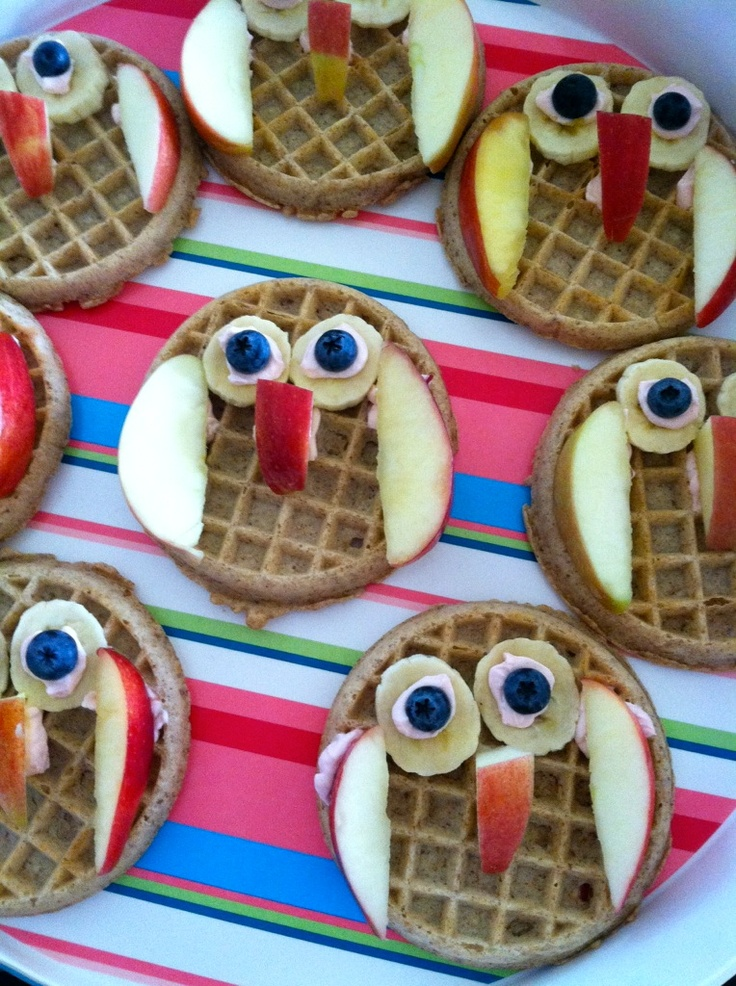 Owl Snack. Whoo! Owl school snacks: Fruit and cream cheese on a whole grain waffle.