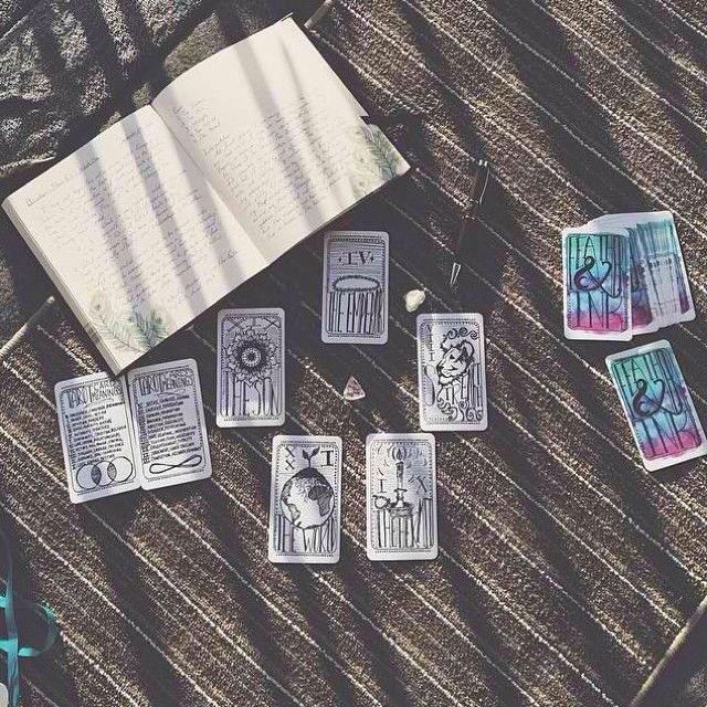Feather and Ink Tarot