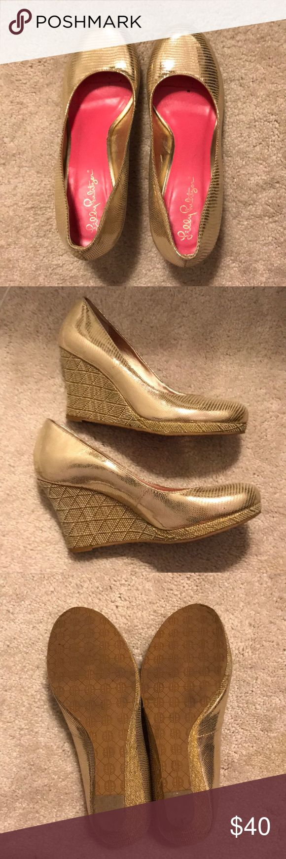 Lilly Pulitzer Gold Wedge Heels Super cute gold Lilly Pulitzer Wedge Heels. Lightly worn, no scuffs, but some wear on soles. Perfect for graduations, Easter events, or just to spruce up your outfit! Fit true to size and are comfortable. Lilly Pulitzer Shoes Wedges
