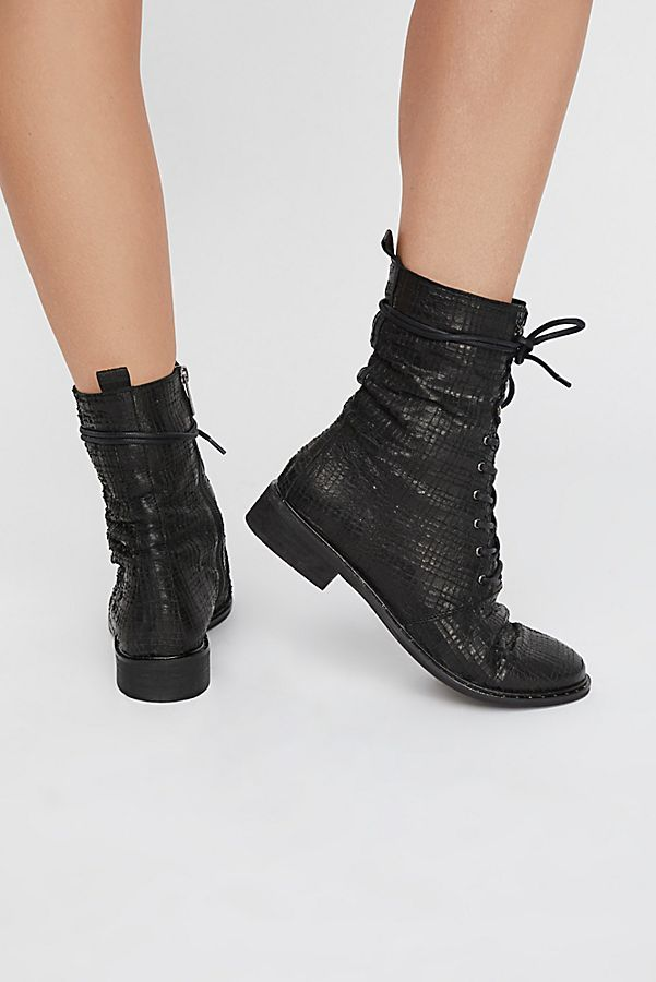 Slide View 4: Fort Night Lace Up Boot