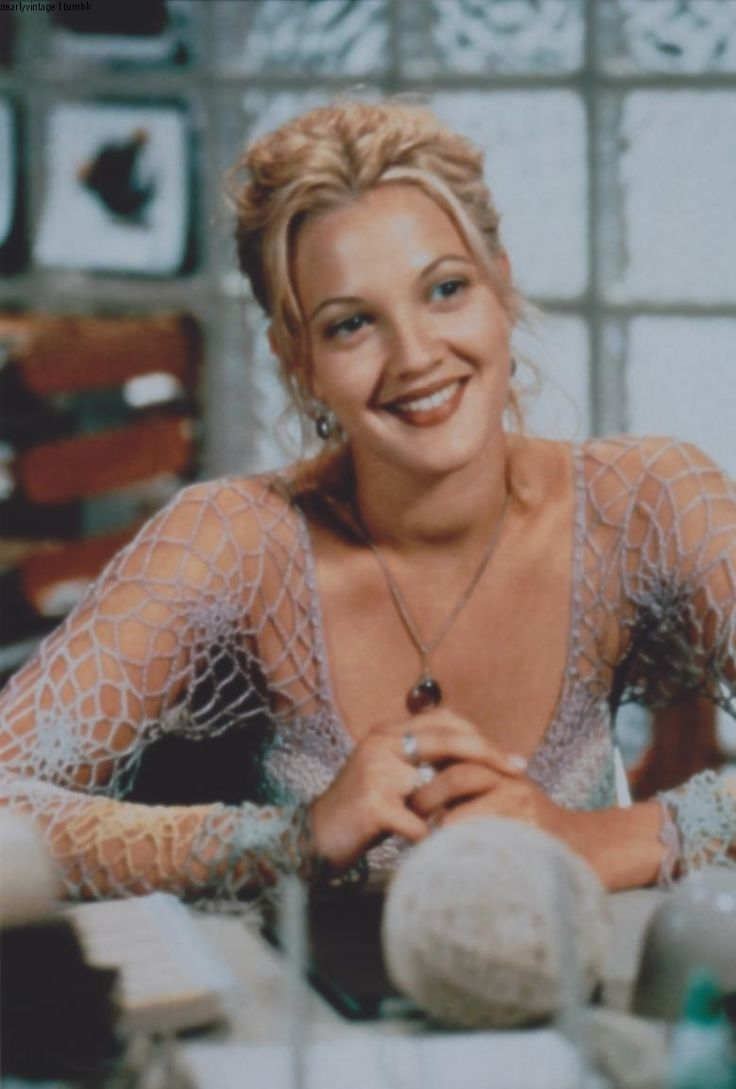 drew barrymore }} I love this top!