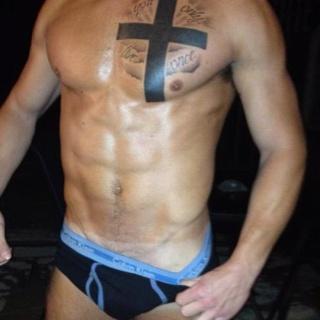 Dabellesdolls spray tan? Love the torso and the tan!!! Naughty x