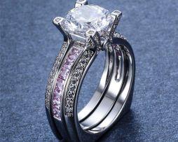 Luxusný dámsky prsteň zo zliatiny bieleho zlata s ružovými zafírmi