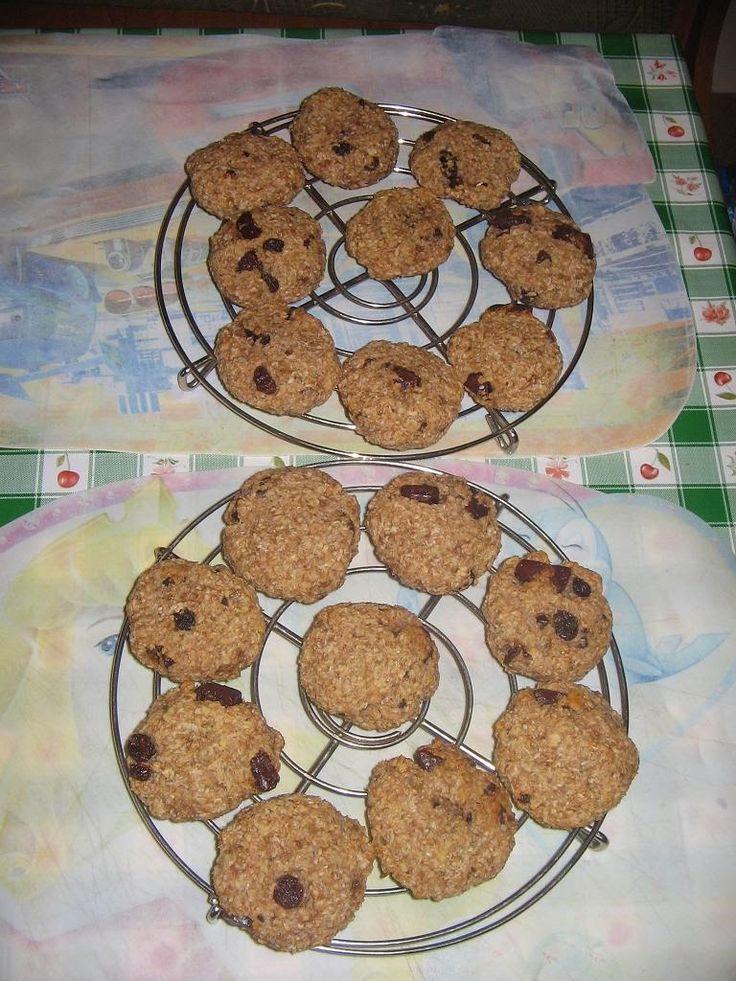 Heni modern konyhája: Zabpelyhes banános-csokis keksz