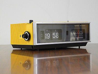Vintage Klappzahlen Radiowecker National Panasonic
