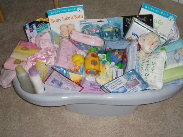 baby bath tub hamper little pollywogs baby bath tub gift basket corner stork mini bath tub. Black Bedroom Furniture Sets. Home Design Ideas
