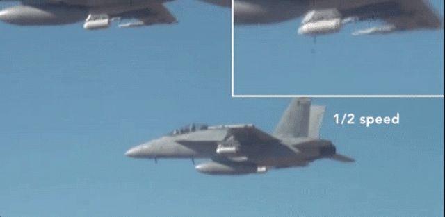 Cet «essaim» de 100 mini-drones testé par l'armée américaine rappelle aux meilleurs films d'épouvante (Journaldugeek)