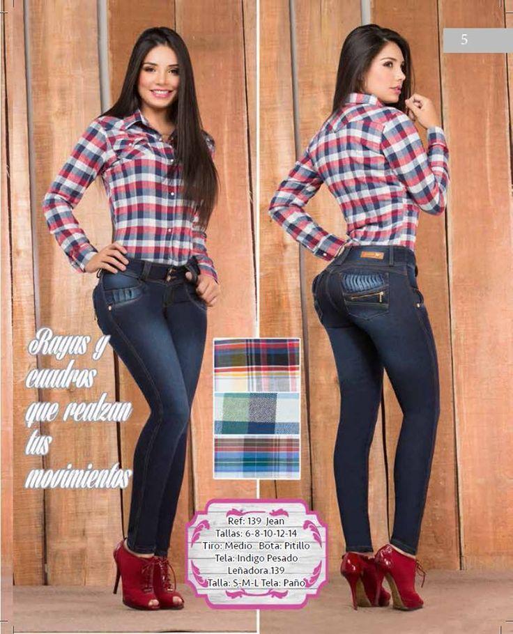 Nuestra #MarcaDelDía: By groover, estilos que te hacen siempre estar a la moda, encuentralos en el local: 1202. Tel: 3520894. Cel: 3123643090. Y conoce su nueva colección. ¡Te esperamos! #ColombianoCompraColombiano