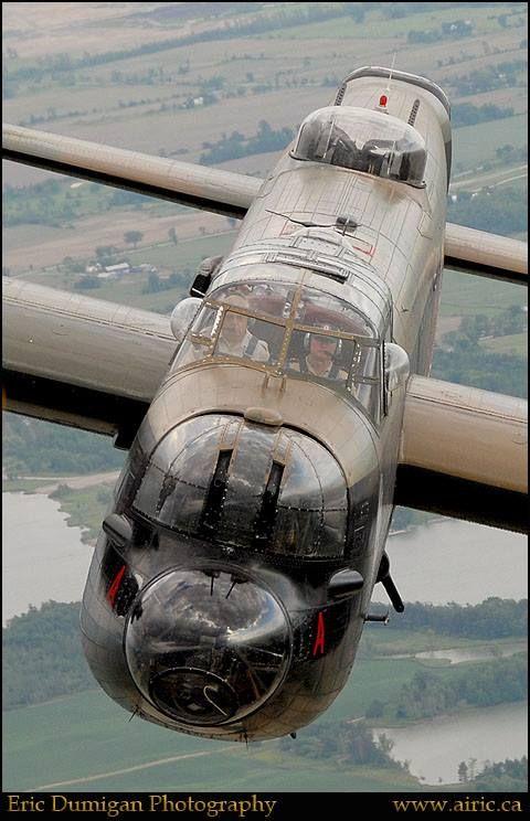 RAF - AVRO LANCASTER CLOSE UP YEAHHHHHHHHH, NICE SHOT!!!
