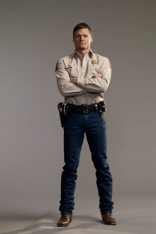 longmire guys Season 6 of longmire brought the sheriff walt longmire story to an end in a way that i'm sure made many fans happy as a whole, i thought the season was excellent.