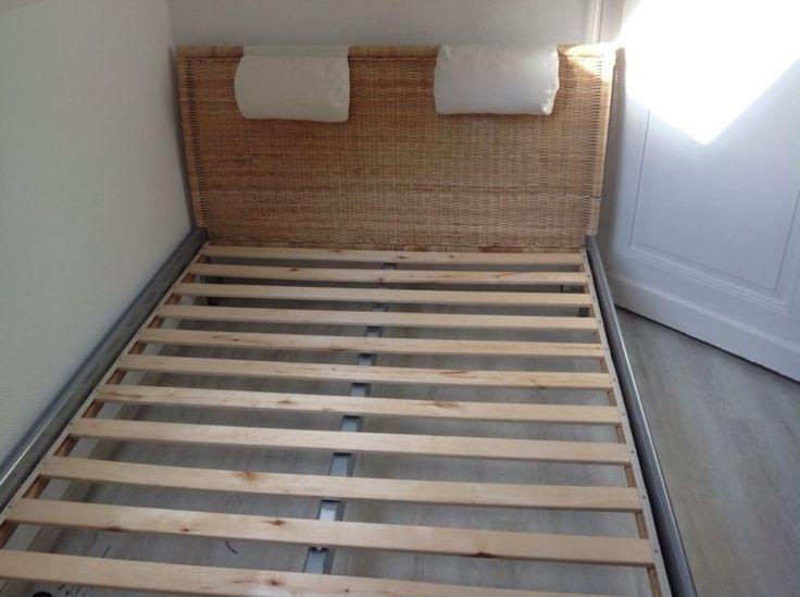 - IKEA Doppelbett 1,40m x 2,00m- Kopfteil aus Rattan ca. 96cm hoch- Fu�teil aus Rattan ca. 66cm hoch- Seitenteile aus hellgrauem Metall- zwei Lattenroste mit dabei- Zustand: gebraucht ohne gro�e Sch�den- Matratze inclusiveDas Bett ist bereits auseinander gebaut und kann abgeholt werden.