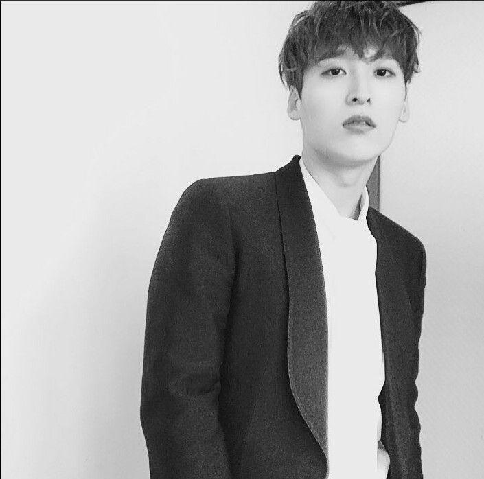 7 o'clock | Hyun