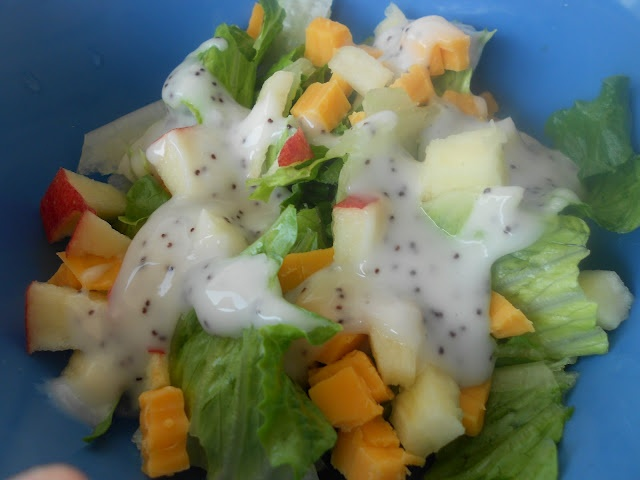 EASY salad for a light lunch or as a side to any meal
