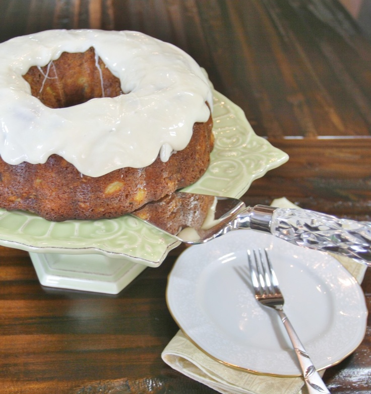 Hummingbird Bundt Cake from Food Done Light - 219 calories a slice