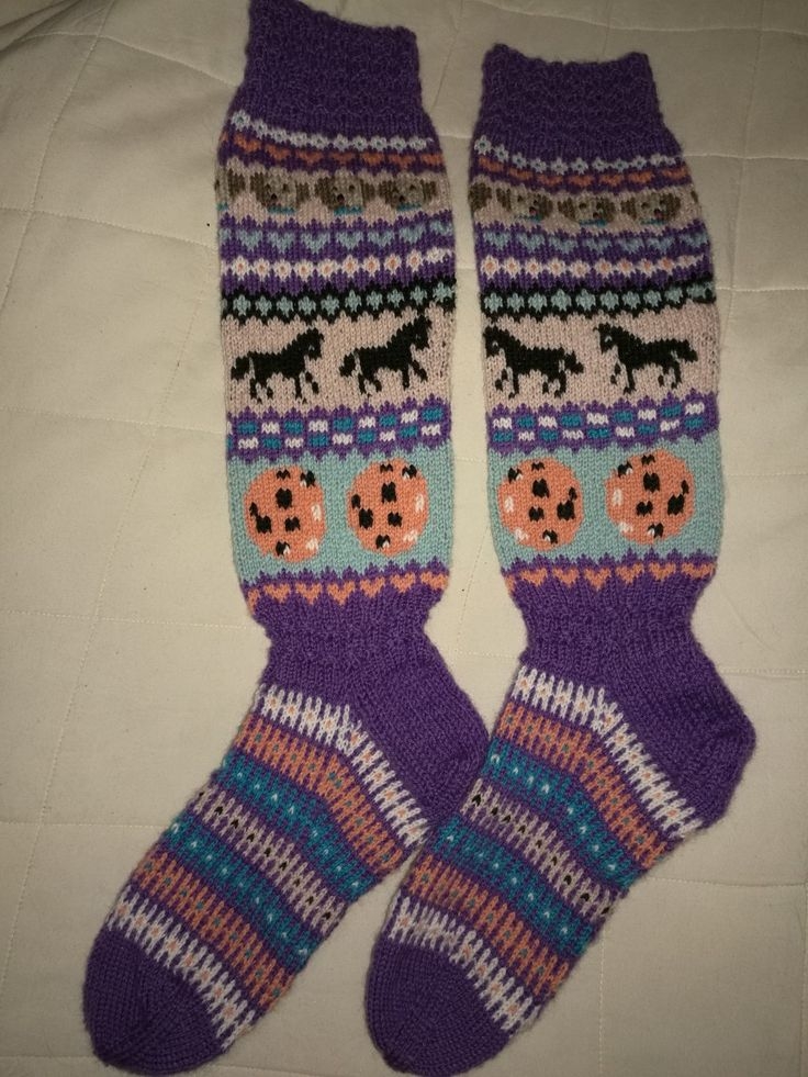 Knitting Socks Sandnes Sisu