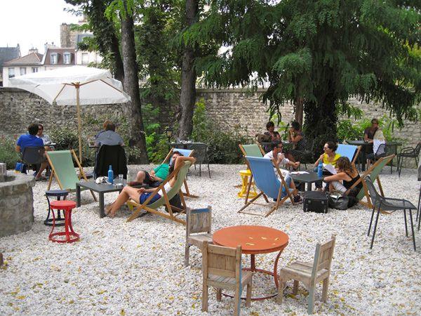 Le Café A : 148 rue du Faubourg St-Martin 75010
