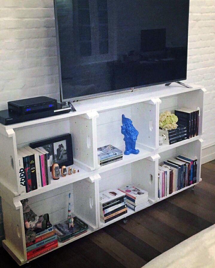 Rack de 6 Caixotes, pintados em esmalte branco. Fizemos para um cliente de Blumenau / SC. Faça também seu projeto personalizado conosco !