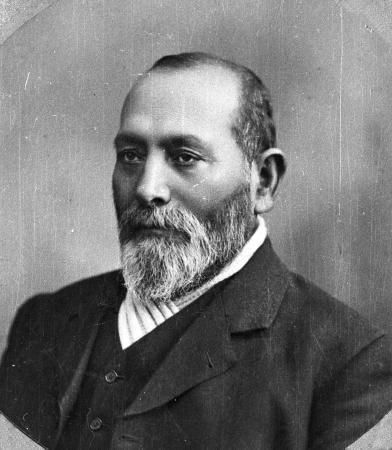 Wiremu Pere, photographed between 1884 and 1887