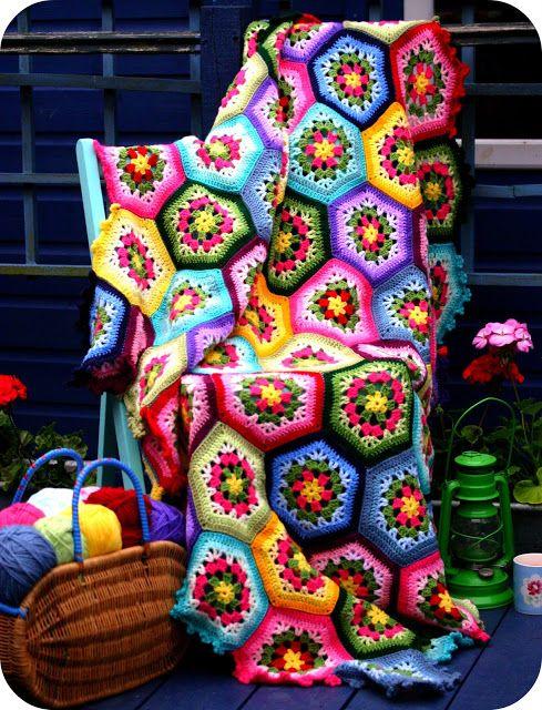 Mejores 122 imágenes de hexagons and African flowers en Pinterest ...