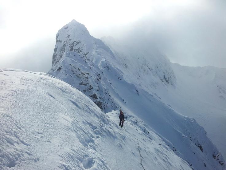 snow-trace: Ski Alpinism Fagaras muchia Laita si Buteanu