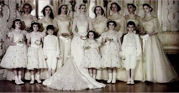Grace Kelly alle nozze con damigelle
