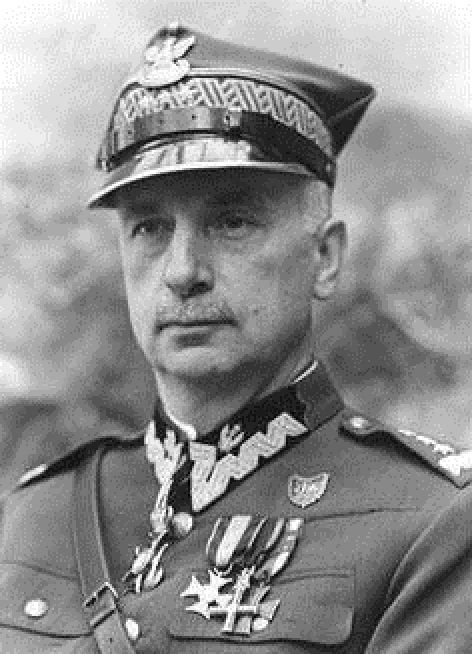 Allied leaders - Kazimierz Sosnkowski (Warsaw, 1885–1969, Arundel, Quebec) was a Polish independence fighter, politician and Polish Army general.