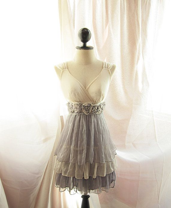 I LOVE THIS! its a bridesmaid dress but, i would wear it for any formal occasion, its just to cute ^^