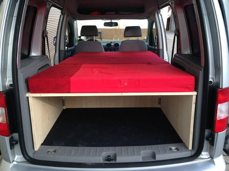 Im November habe ich mir einen VW Caddy Life gekauft. Hintergrund der Anschaffung war schon ein geplanter Camping Ausbau um auf kommenden Touren zum Klettern oder Biken mal 1 bis 2 Nächte im Fahrzeug zu schlafen. Für Festivals ist dieser Ausbau natürlich auch bestens geeignet.