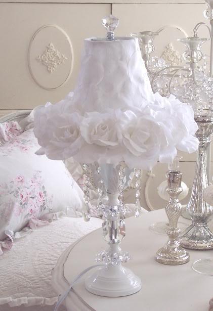 ROMANTIC Shabby WHITE ROSES SHADE CRYSTAL LAMP Chic